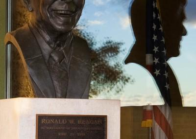 09 reagan bust