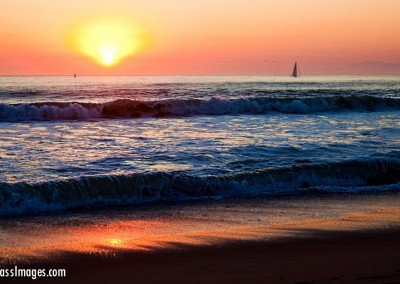 11Ventura beach sunset sailboat